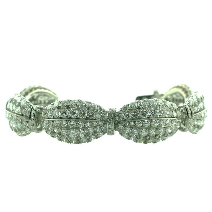 Love this diamond bracelet.