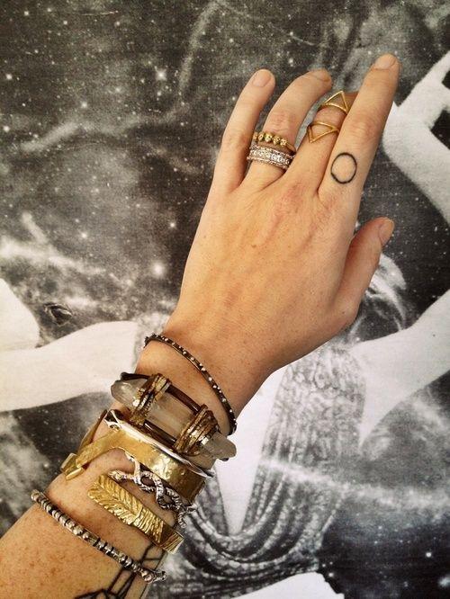 Pile it up #fashion #fashionblogs #accessories #gold