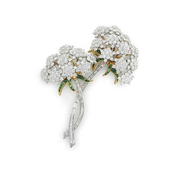 A DIAMOND AND TSAVORITE 'QUEEN ANNE'S' FLOWER BROOCH, BY TIFFANY & C...
