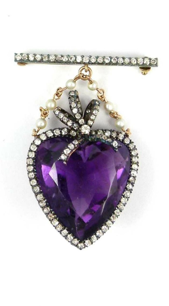 Early 20th century heart shaped amethyst and diamond set brooch, c.1905, the fac...