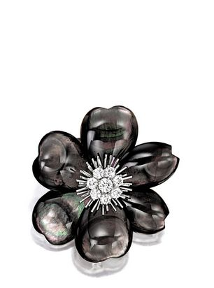 VAN CLEEF & ARPELS | BLACK MOTHER-OF-PEARL AND DIAMOND 'FLOWER' BROOCH