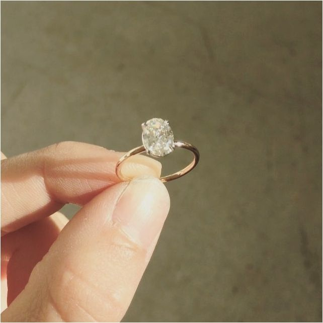 Simple And Elegant Engagement Ring That Perfect In Your Finger bridalore.com/...