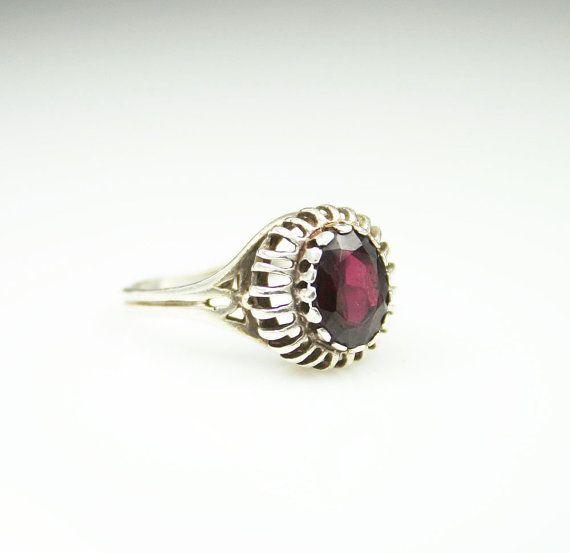 Vintage Ring Garnet Sterling Silver 925 January by zephyrvintage, $45.00 #vintag...