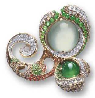 An icy jadeite and diamond brooch by Violetto. Yes a thousand times yes!