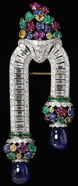 Brooch. possibly Van Cleef & Arpels, about 1930