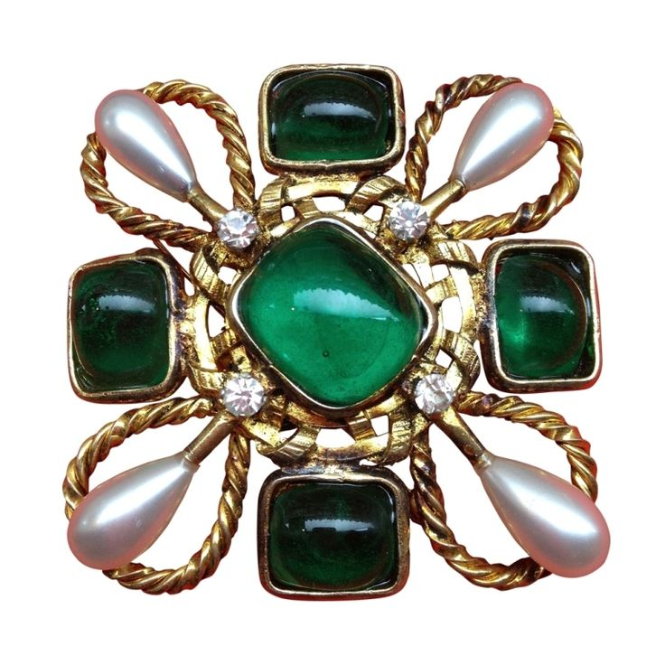 Chanel by Goosens in pate de verre,pearls and Gold metal.1980's France.