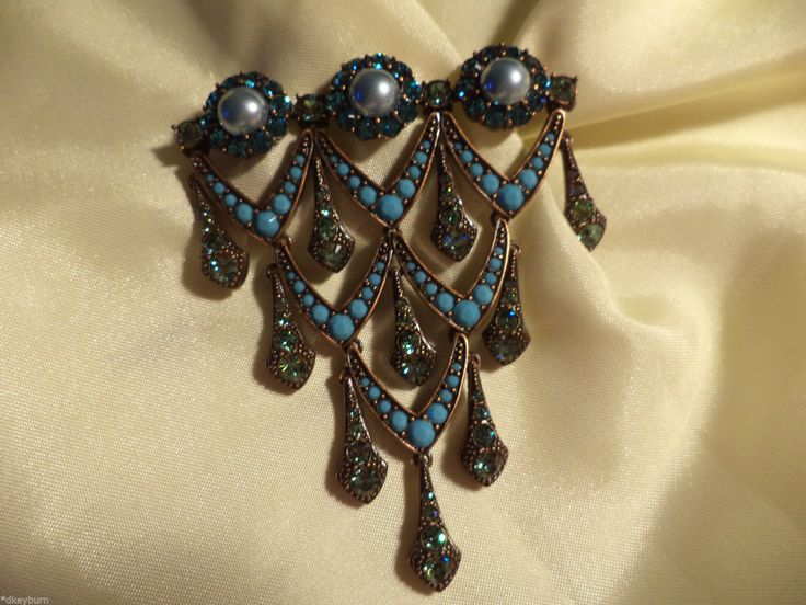Brooches Jewels : Exquisite Joan Rivers Hard to Find