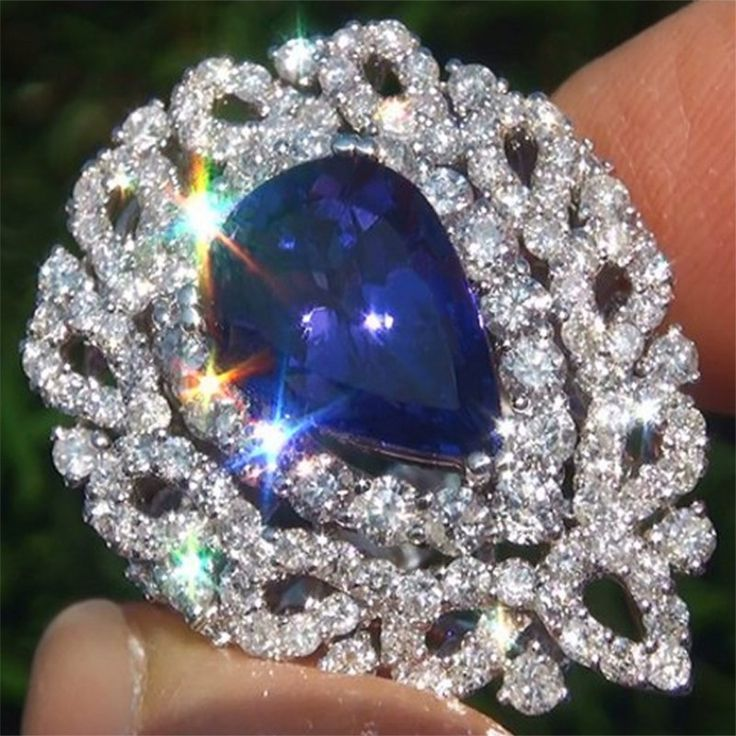 Tanzanite Diamond Vintage Ring 18k White Gold Certified GEM!!!  V