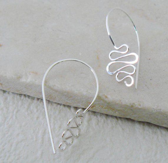 Modern Wire Earrings by Atelier Blaauw - The Beading Gem's Journal