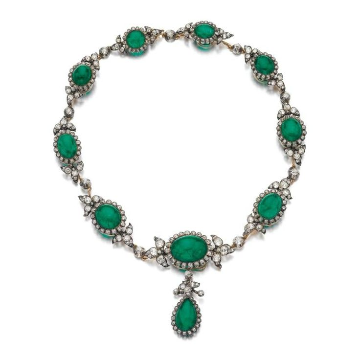 Emerald and diamond necklace, late 19th century. | Photo: Sotheby's.