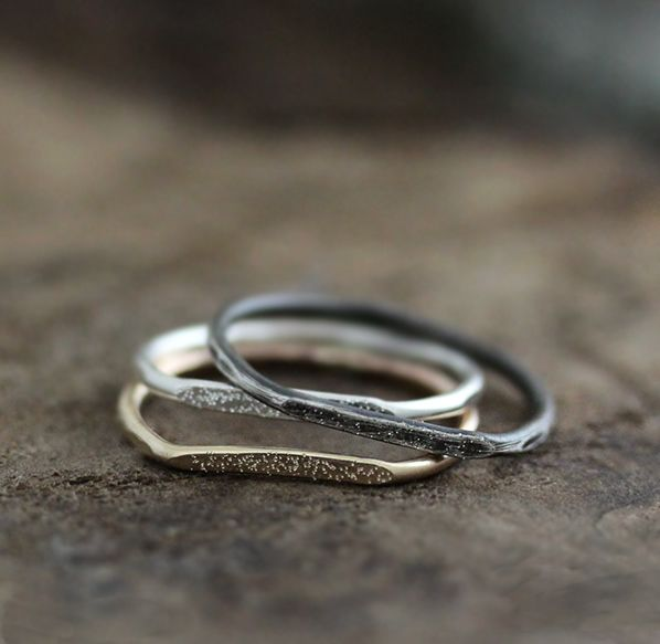 Stardust hammered rings by Andrea Bonelli