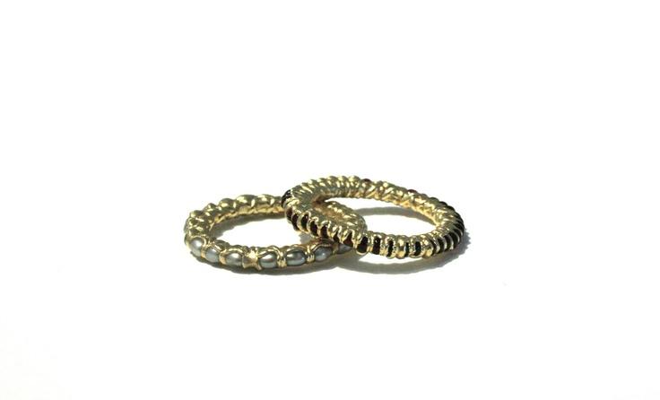Unique rings by Ruth Tomlinson, freshwater pearls, rubies and 18k gold. Gallery ...