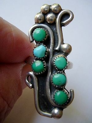 Vintage Zuni Ring with 6 Turquoise Stones