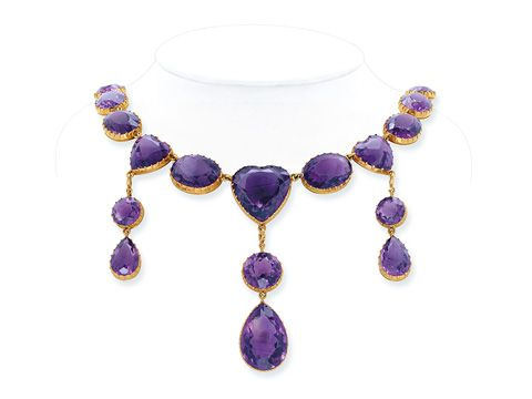 Amethyst and gold necklace.