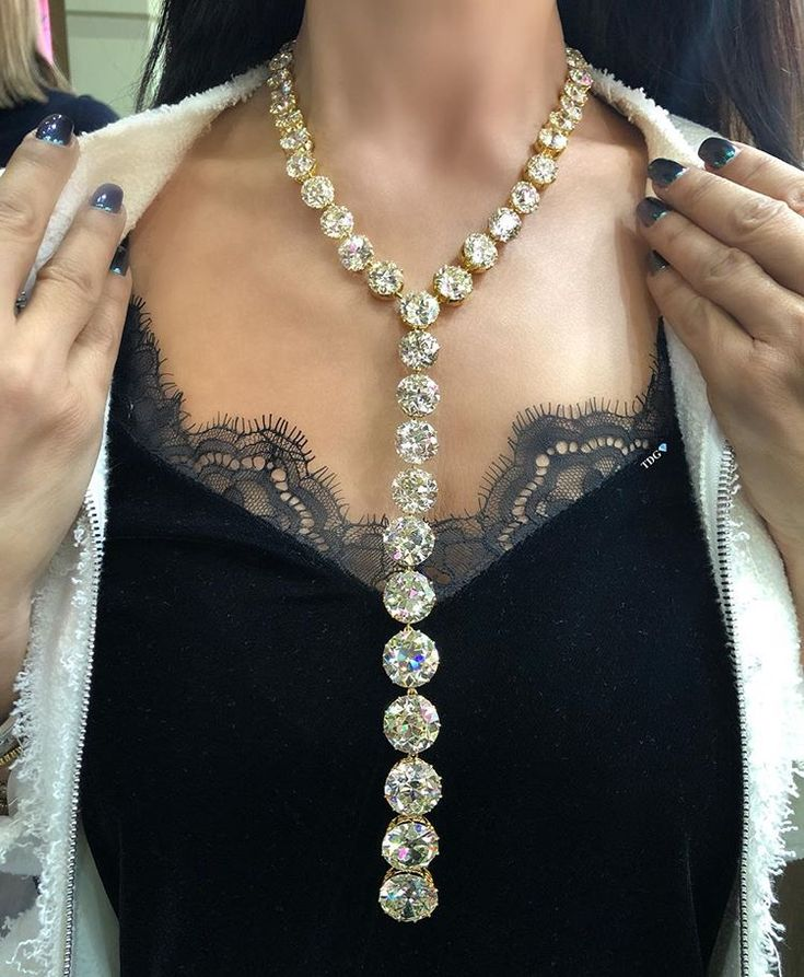 Before you ask - 287 carats! And yeah, I should have worn this Lorraine Schwartz...