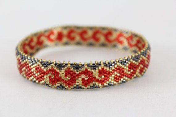 Élégant bracelet perles bracelet. Bracelet rouge par AnnaMosztok