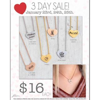 If you're looking a cute Valentines Day gift, had to share this cute heart nec...