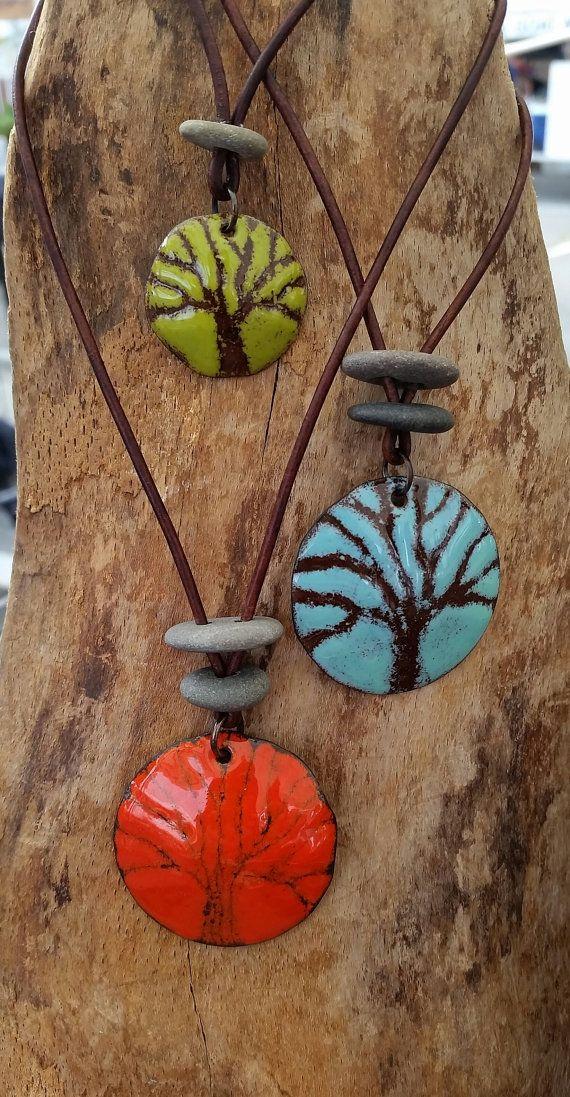 Arbre de Collier Pendentif de vie, arbre de sgraffites, émail et pierres, arbre...