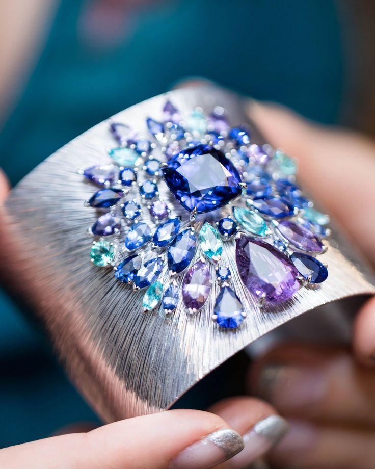 Bracelet gemstone. Basic precious jewelry tips to you to discover #diamondbracel...