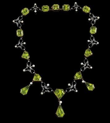 A peridot and diamond necklace gold 750, and silver, old-cut diamonds and diamon...