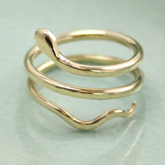 Serpent Ring in 14k Gold