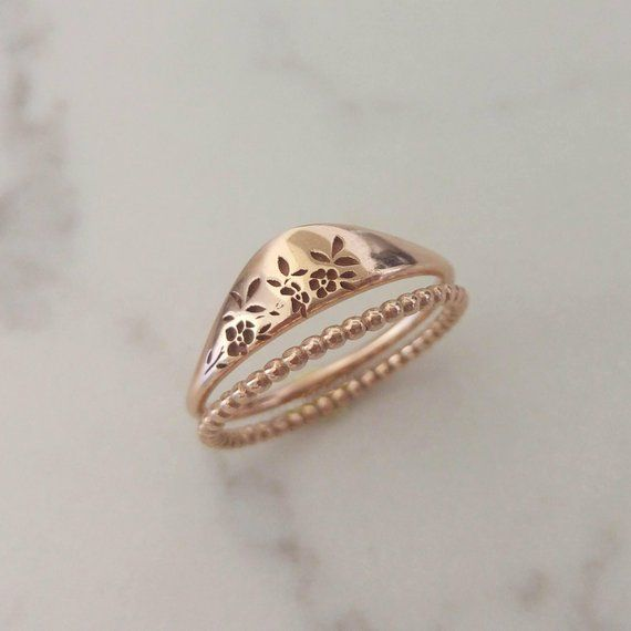 Rose gold ring set, flower ring, delicate bridal ring set, Unique rose gold wedd...