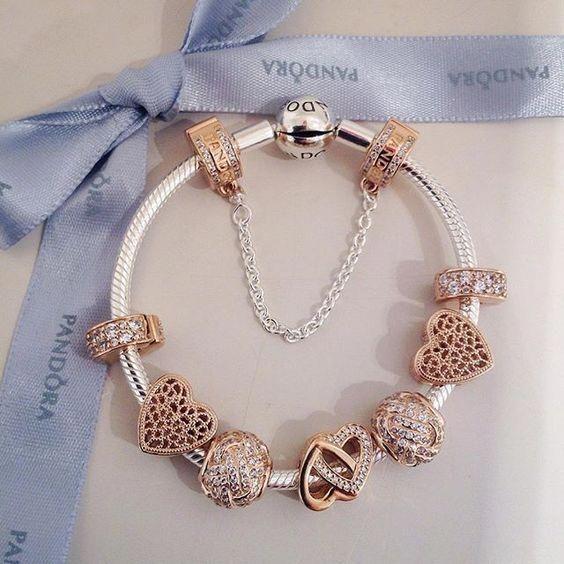 ⛔🙌 Je te pari qu'il reste encore de place sur ton bracelet, pas vrai ?! ...