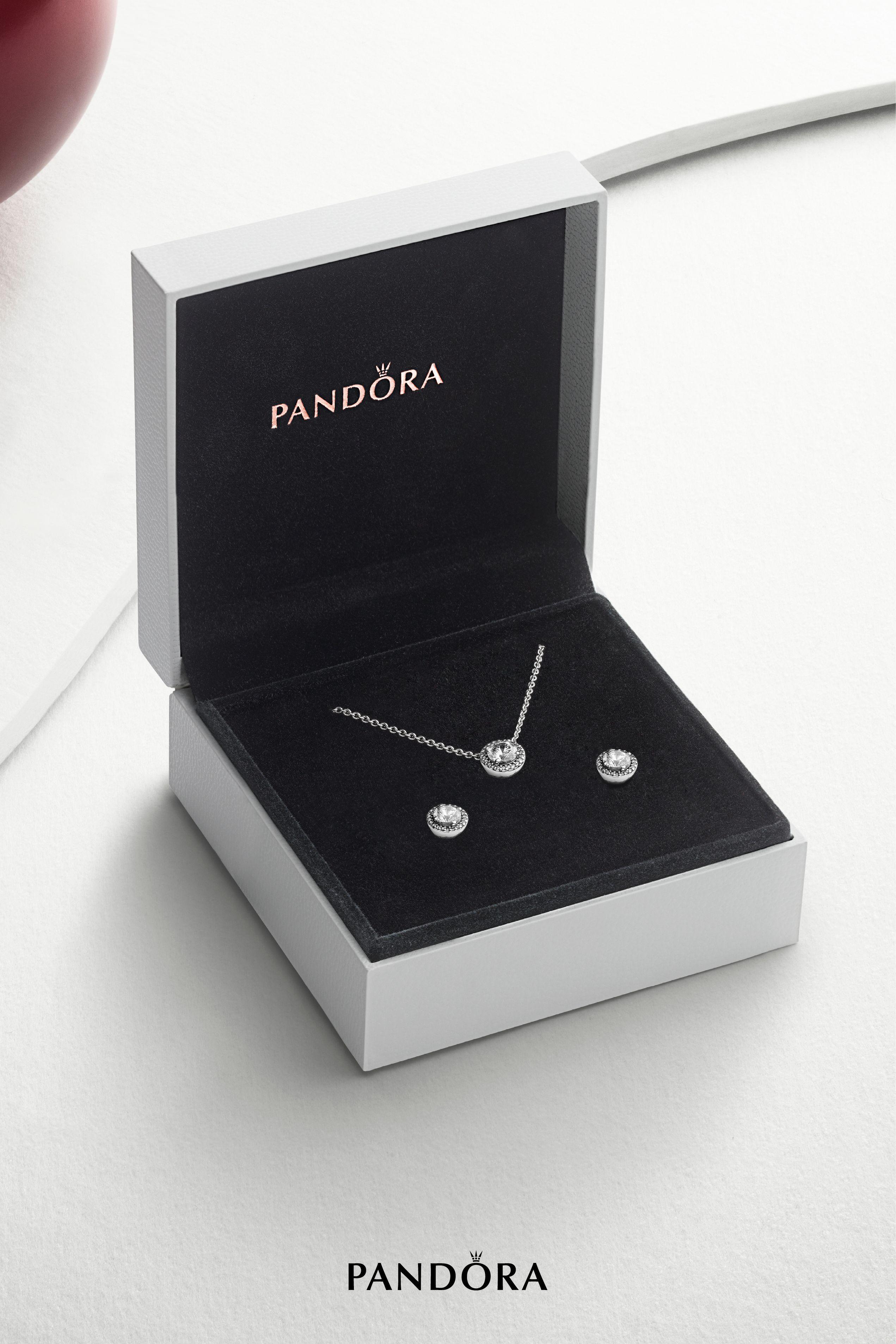 Charms, Bracelets and Rings | Pandora US