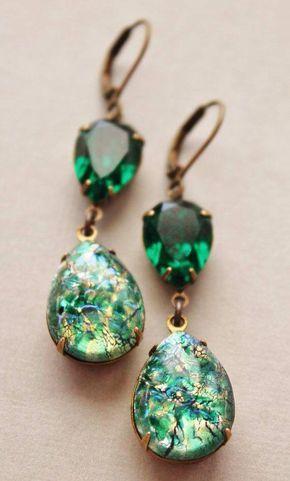 Vintage Emerald Opal Earrings,Emerald Green Glass Fire Opal,RARE,Swarovski Earrings,Faux Opal Earrin