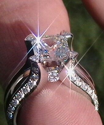 The Forum Engagement Ring Folder/Eye Candy - by Colored Gemstone Nut