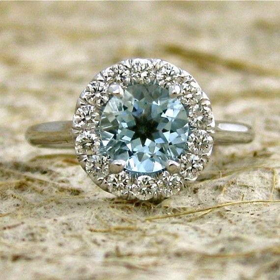 Elegant Aquamarine Engagement Ring with Diamonds in 14K White Gold Classic Halo-Style Setting Size 5