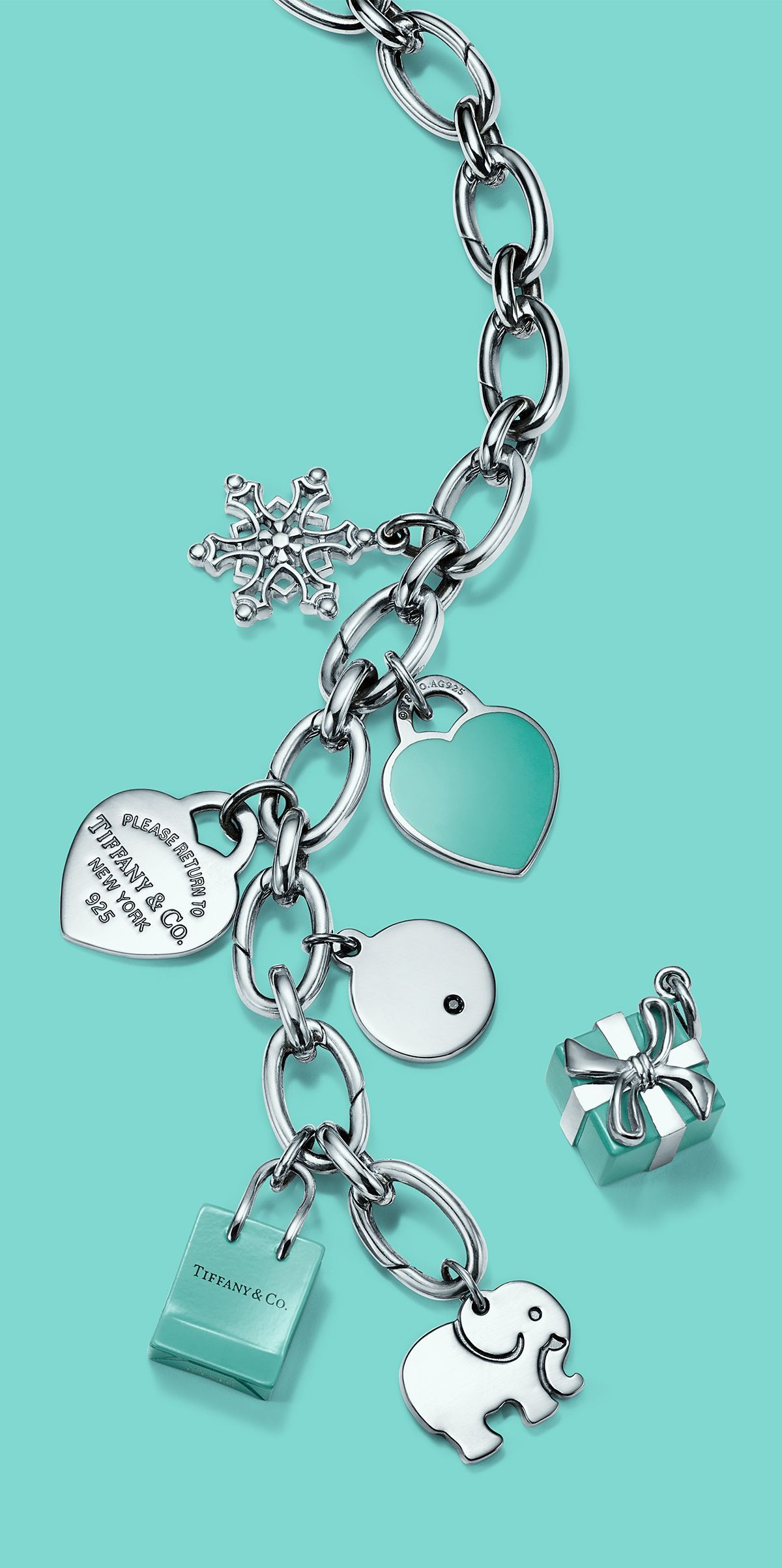 you-can-find-fantastic-gifts-at-jewelry-stores - jewelrystunner-sa3